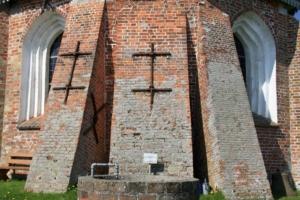 Tating-Mauerwerk-Fassade-Ostwand